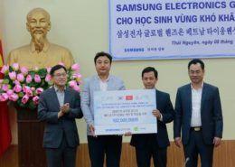 Samsung Việt Nam hỗ trợ cho 3500 học sinh khó khăn tại Thái Nguyên
