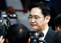 """Samsung sẽ """"lạc trôi"""" về đâu sau khi Phó Chủ tịch bị bắt?"""