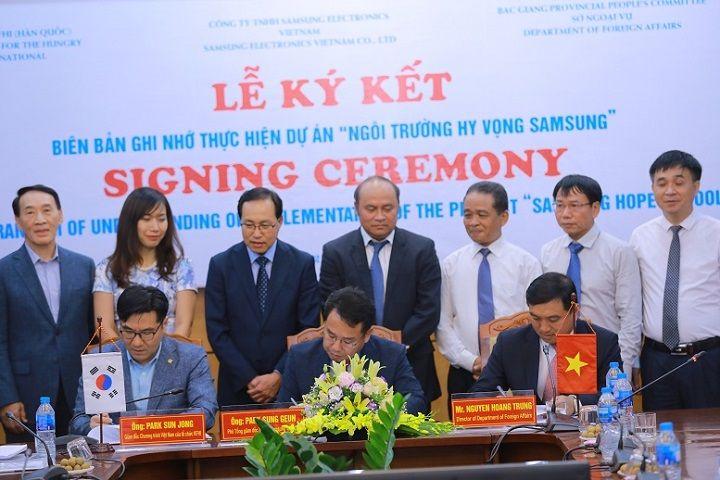 """Khởi động dự án """"Trường học hy vọng Samsung"""" trị giá gần 20 tỷ đồng tại Bắc Giang"""