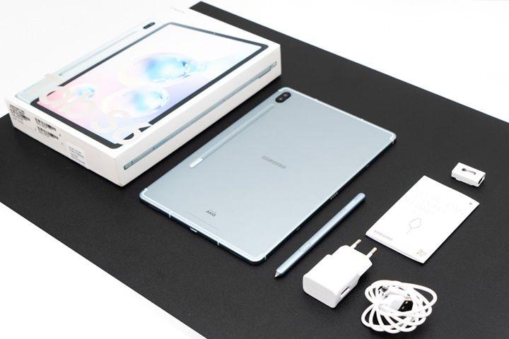 Khui hộp Samsung Galaxy Tab S6: Mỏng, nhẹ và nhiều tính năng tuyệt vời!