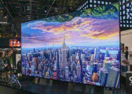 TV QLED 8K lớn nhất thế giới của Samsung chính thức bán tại VN với giá 2,3 tỷ đồng