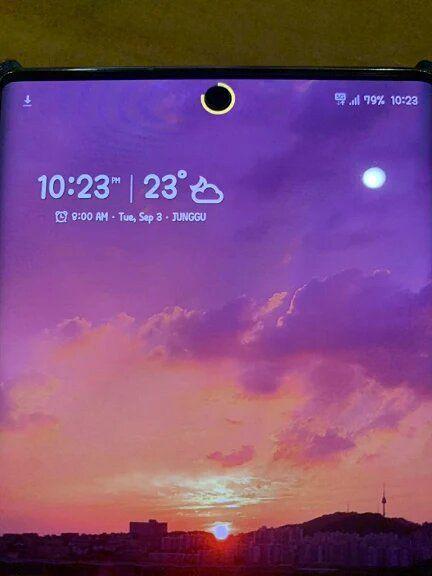 """Ứng dụng cực hay biến """"điểm yếu"""" của Galaxy Note 10 thành tính năng thú vị"""