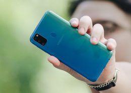 Trên tay Galaxy M30s: pin 6.000 mAh, 3 tùy chọn màu sắc, cụm camera mới, giá 6.99 triệu đồng