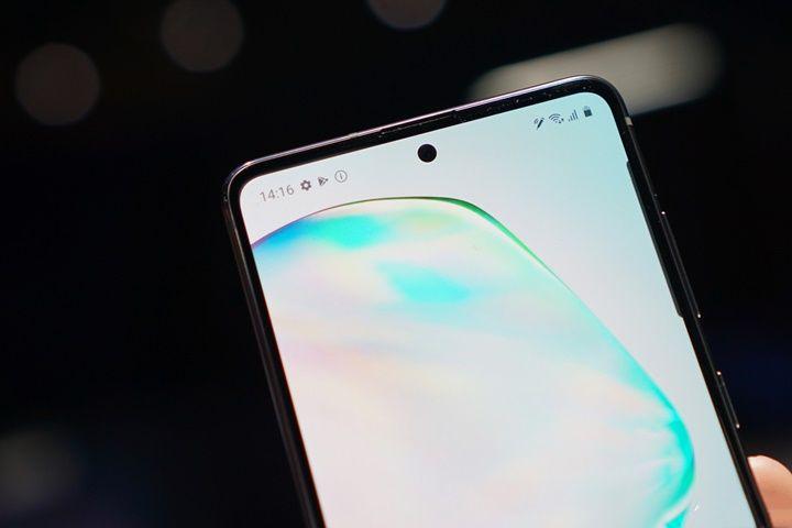Trên tay Galaxy S10 Lite và Note10 Lite: Hai thiết bị vô cùng kỳ quặc từ Samsung