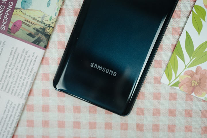 Galaxy Note10 Lite chính hãng tại VN: Vỏ nhựa, chip như Note9, pin hơn Note10, giá 13.9 triệu