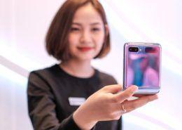 Có giá lên tới 36 triệu đồng nhưng Galaxy Z Flip vẫn cháy hàng sau 8 tiếng ra mắt tại Việt Nam