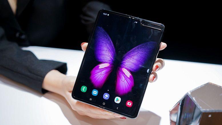 Giá Galaxy Fold hàng xách tay xuống dưới 30 triệu đồng