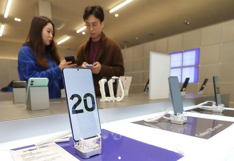Samsung thống trị thị trường chip nhớ smartphone toàn cầu năm 2019