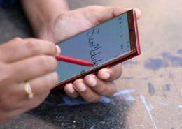 S-Pen trên Galaxy Note 20 có thêm tính năng mới rất hay, phục vụ hoàn hảo cho người hay đi họp
