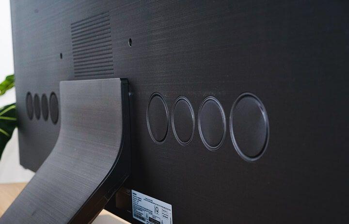 """Trải nghiệm TV QLED Q950TS: """"Tấm gương 8K"""" giá 120 triệu từ Samsung"""