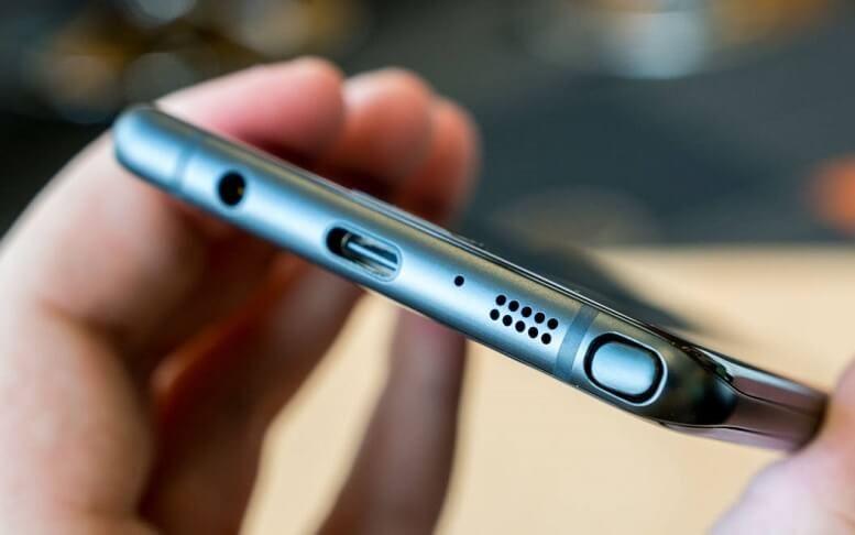 Samsung có thể mang jack cắm tai nghe 3,5mm trở lại trên flagship