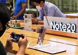 Samsung giữ vững ngôi vương trên thị trường smartphone toàn cầu