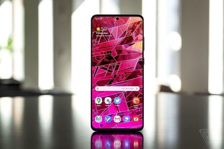 """Tin vui: Samsung sẽ nâng cấp 3 """"đời"""" Android cho smartphone cao cấp"""