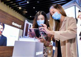 Samsung chính thức ra mắt Galaxy Z Fold2 trên thị trường toàn cầu