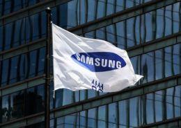 Samsung dừng bán chip nhớ cho Huawei