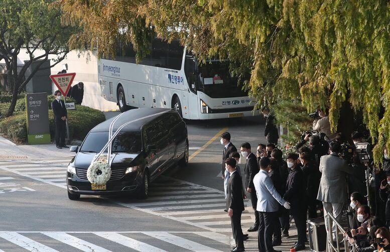 Lịch trình đặc biệt của xe tang cố Chủ tịch Samsung Lee Kun-hee