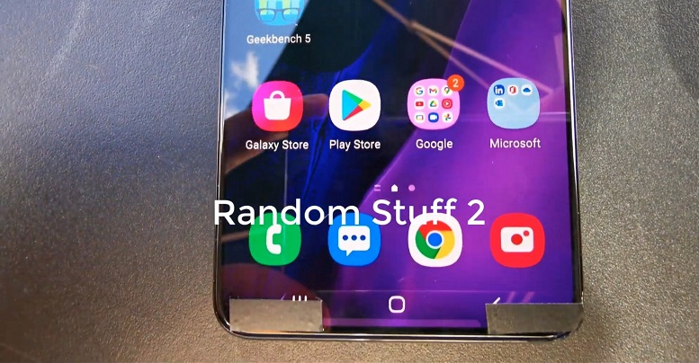 Galaxy S21+ lộ diện video trên tay với viền màn hình siêu mỏng và gần như đều nhau
