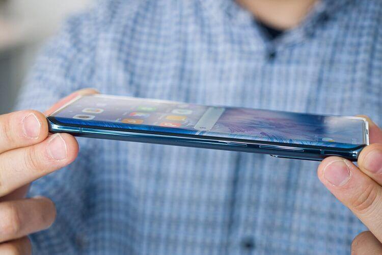 Phải chăng Galaxy S21 chính là dấu hiệu kết thúc của trào lưu màn hình cong?