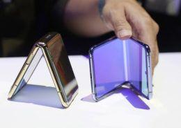 Samsung thống trị thị trường smartphone màn hình gập