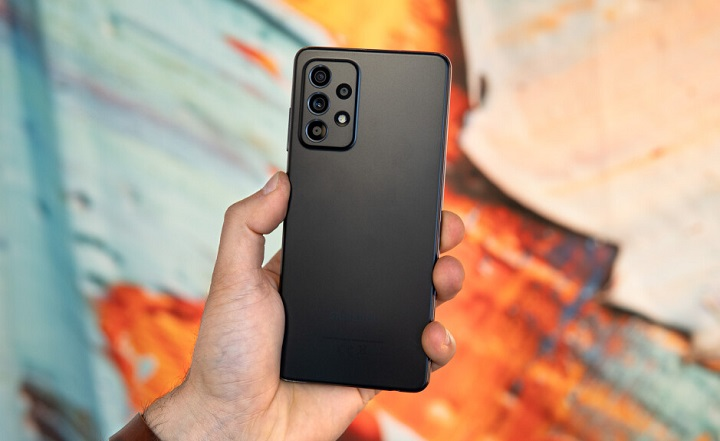 Galaxy A52 5G đang đè bẹp các đối thủ ở cùng phân khúc?