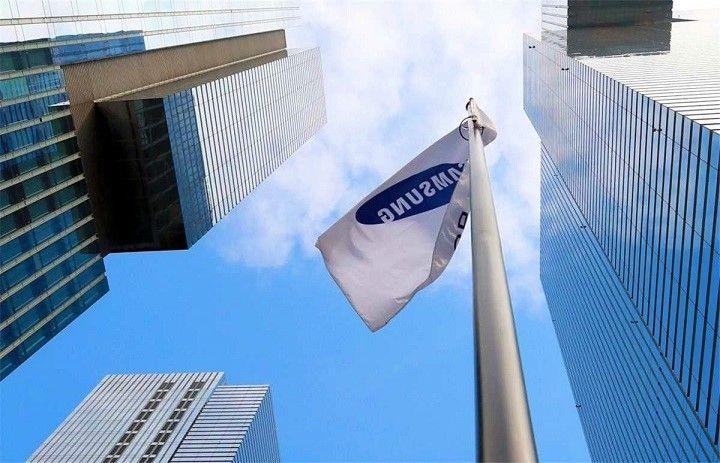 Lợi nhuận Samsung Electronics dự kiến tăng gần 50%