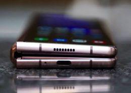 Samsung: 9/10 người dùng dùng điện thoại gập không muốn quay lại smartphone truyền thống